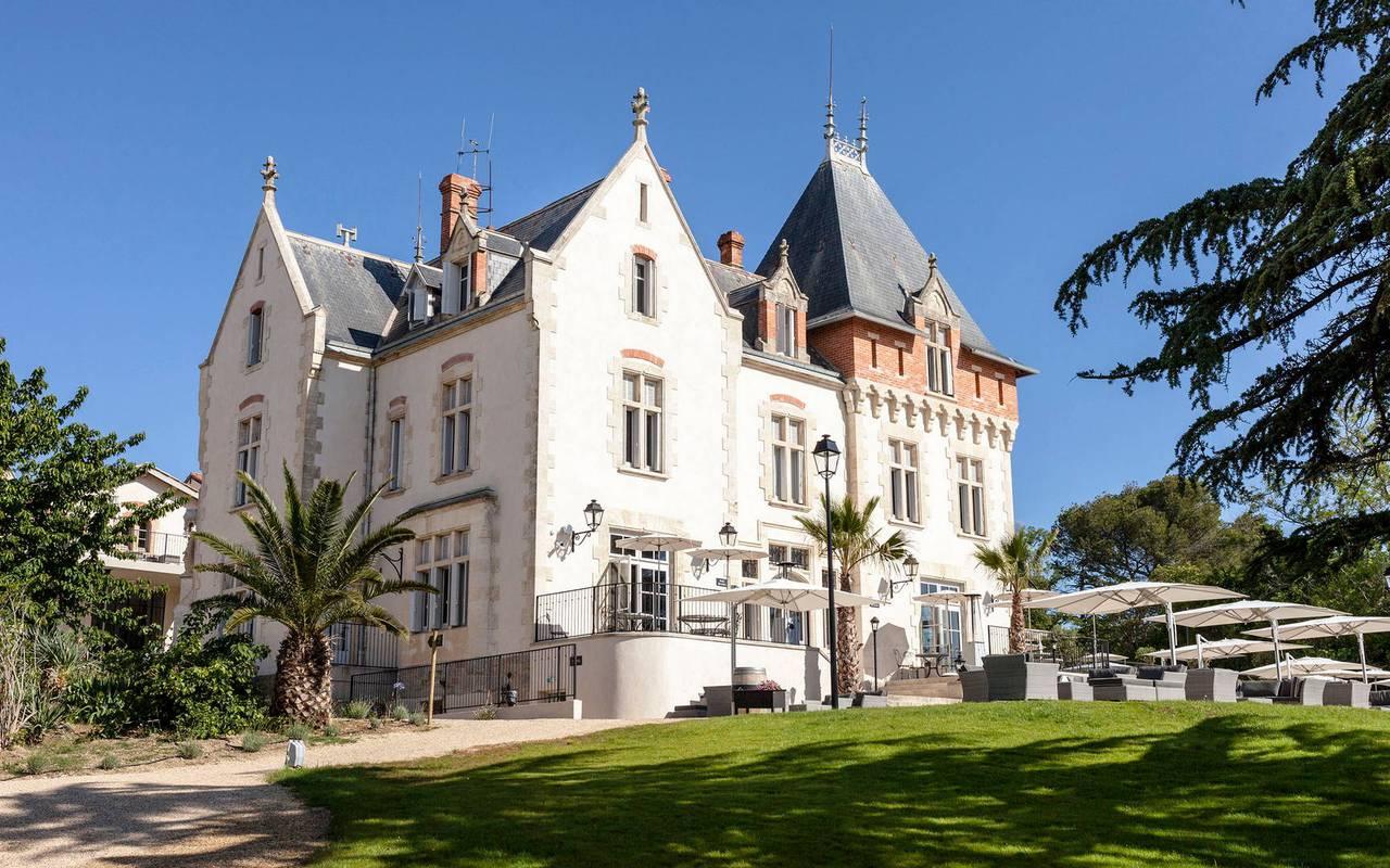 Outside view of the Château St Pierre de Serjac.
