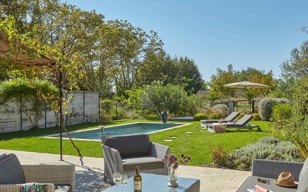 Luxury garden, unusual Occitanie accommodation, Estate and Residence