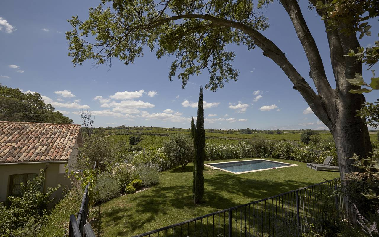 garden with swimming pool, Languedoc Roussillon house rental, Domaine & Demeure